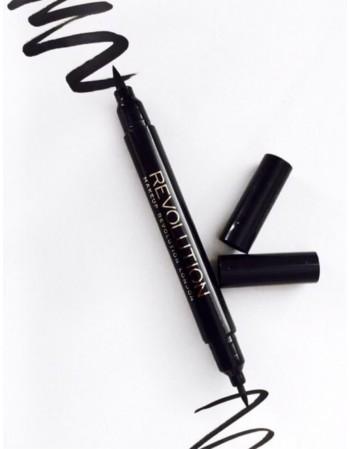 """Makeup Revolution akių kontūravimo pieštukas """"Double Flick Black"""""""