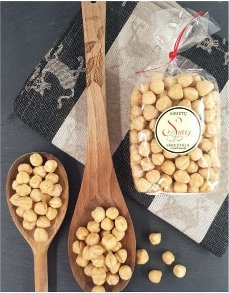 Fresh roasted hazelnuts, 200g