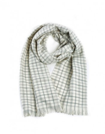 Feminine scarf