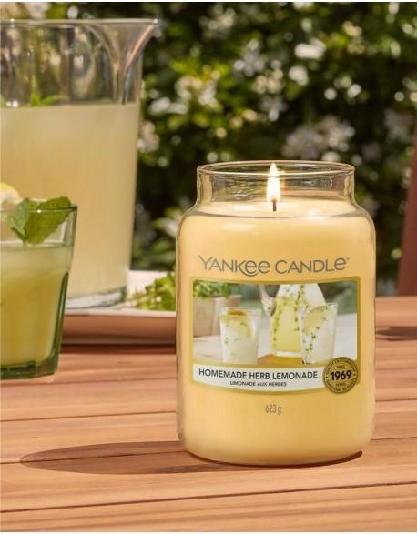 Kvepianti žvakė YANKEE CANDLE, Homemade Lemonade, 411 g