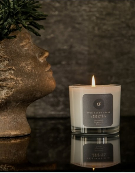 Sojų vaško žvakė Medeinos kuždėjimas